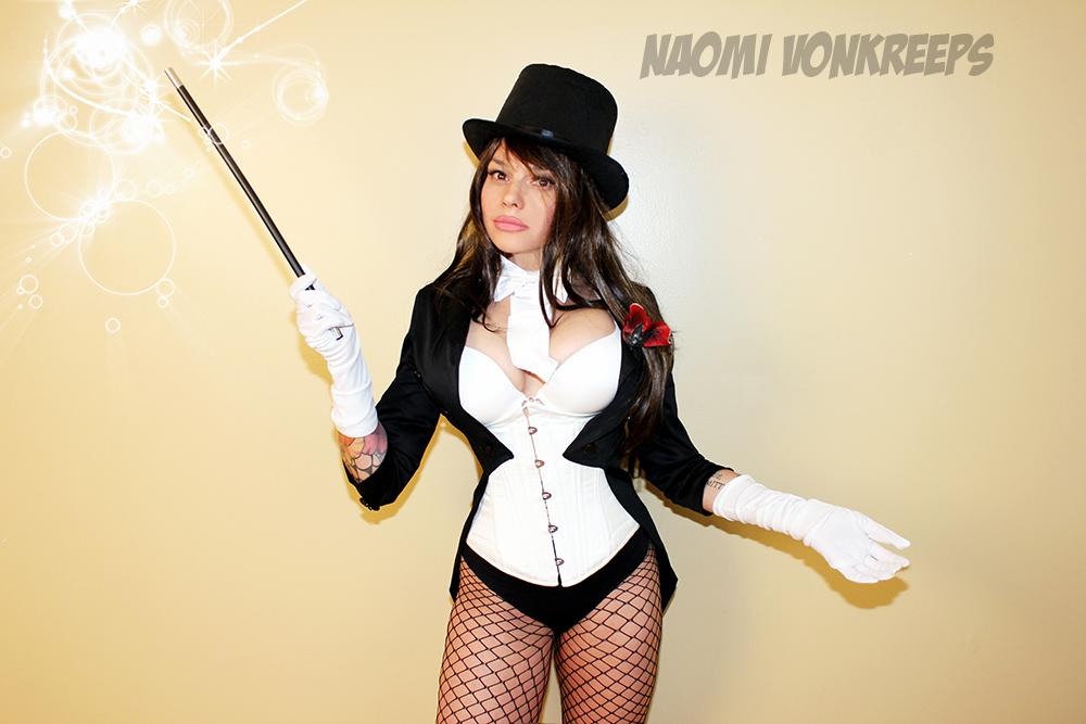 Zatanna cosplay by Naomi-VonKreepsZatanna Cosplay