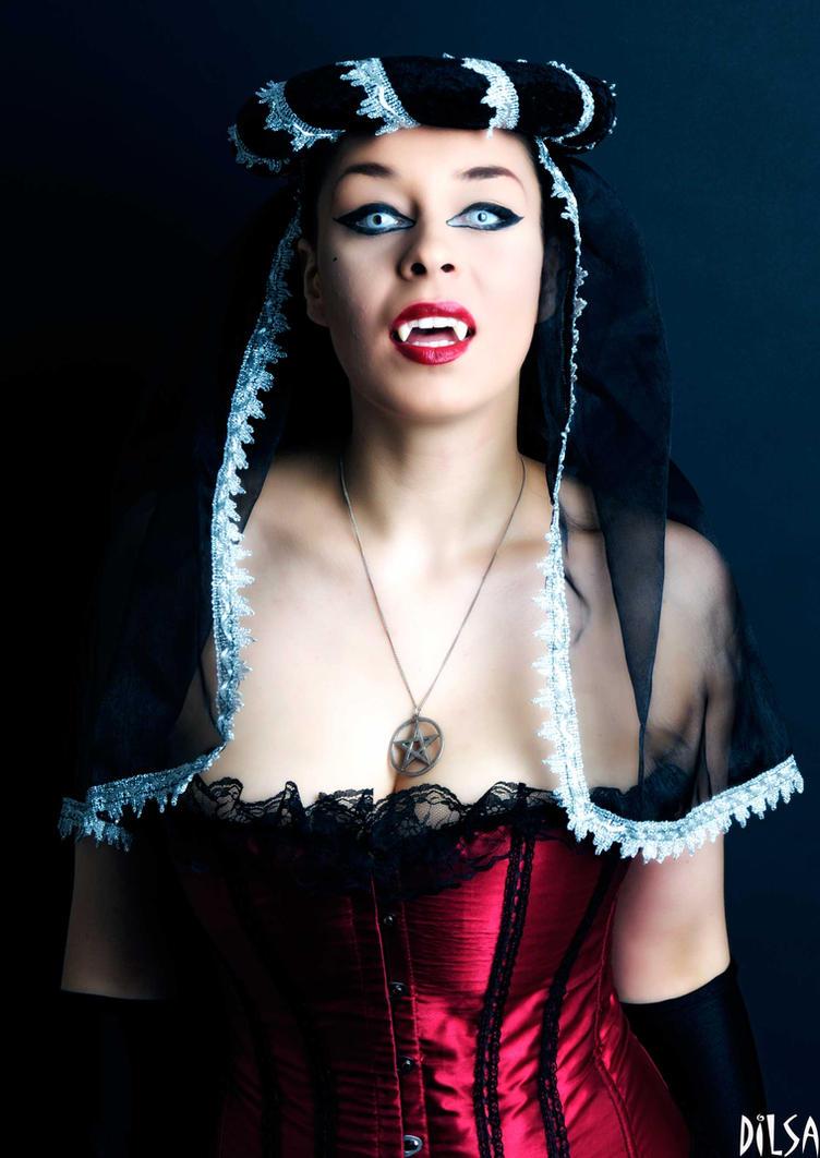 vampire 4 by nik300