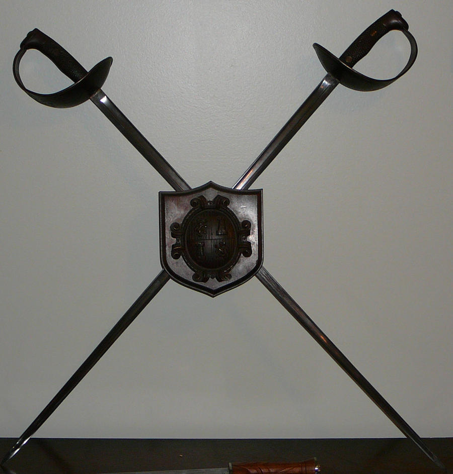 A Pair Of Pattern 1907 Spanish Cavalry Swords