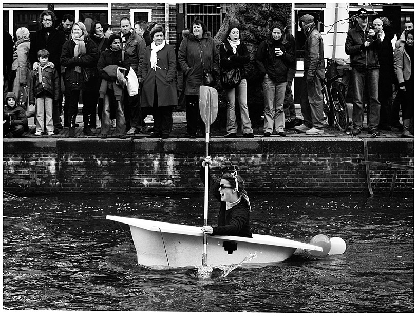 Bathtub Race by Fodiographer