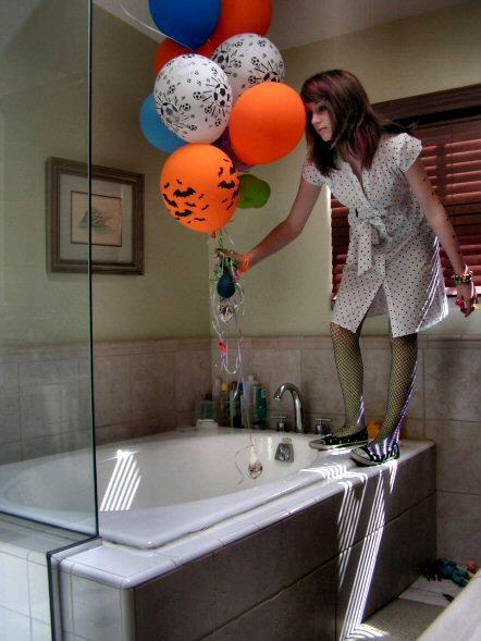 balloons by soradioactive