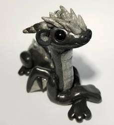 Large Gray and Black Sparkle Dragon