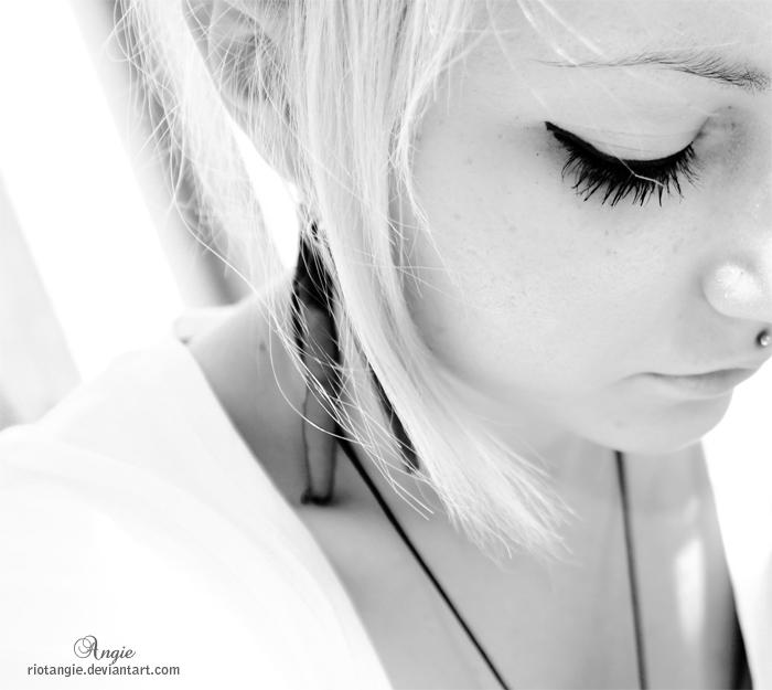 girl hair air black white macr by RioTAngiE