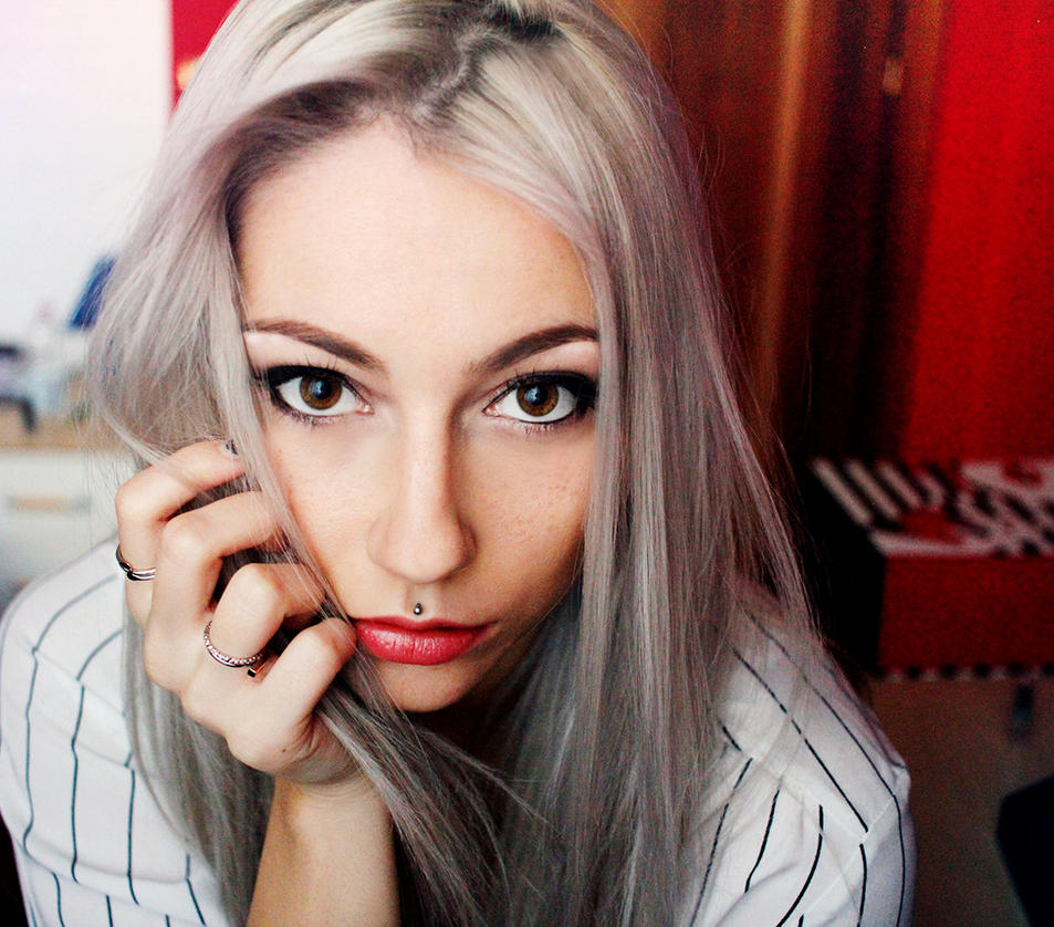 Girl with grey hair - selfportrait by RioTAngiE