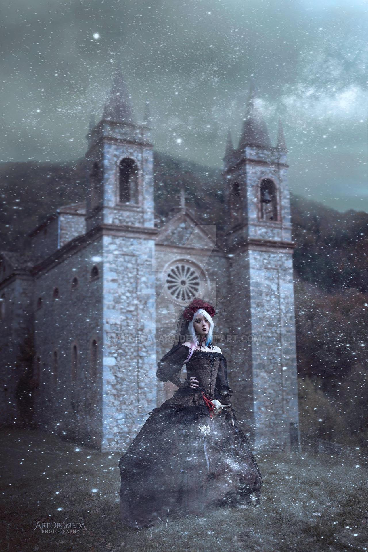 La bruja by AngelaLara