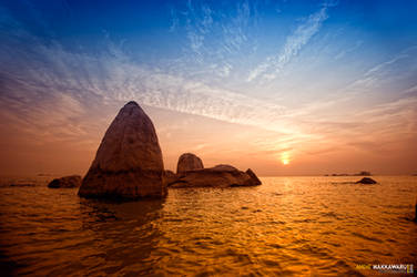 Batu Belayar Island by AndieMakkawaru