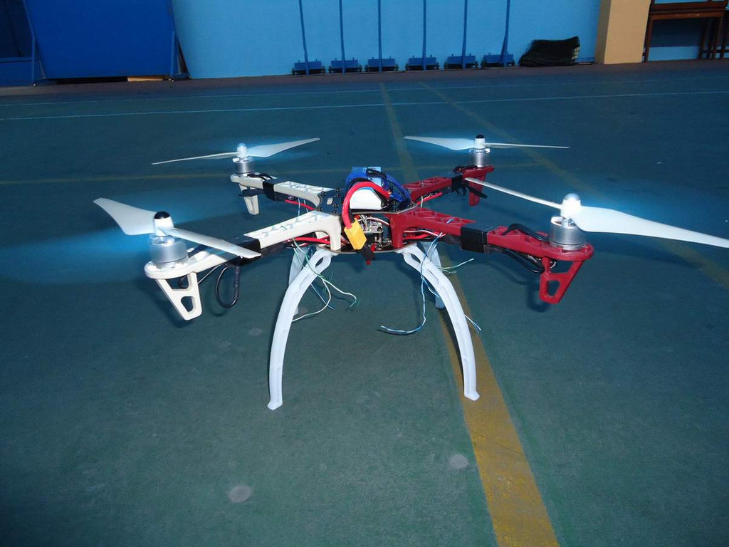 quadcopter by geneme