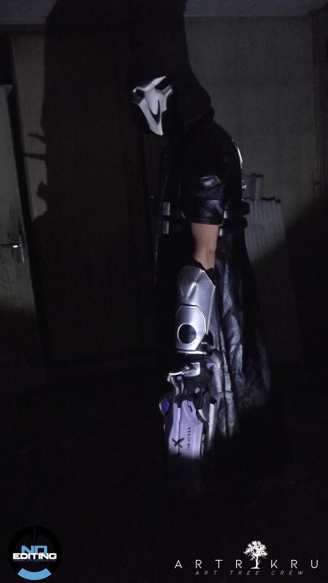 overwatch reaper cosplay by arttreecrew on deviantart