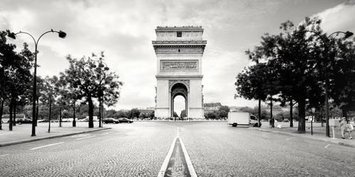 Arc de Triomphe. by xMEGALOPOLISx