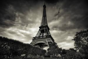 Paris Eiffel Tower. by xMEGALOPOLISx