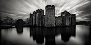 Bodiam Castle by xMEGALOPOLISx