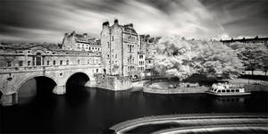 Pulteney Bridge in Bath by xMEGALOPOLISx