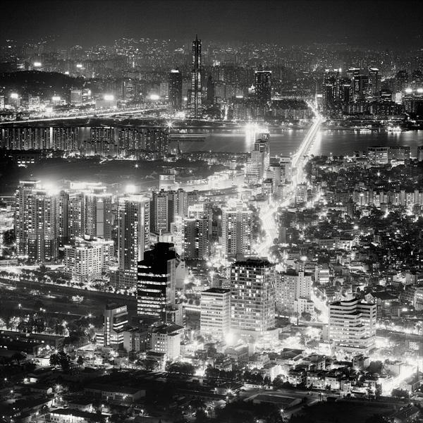 черно белое фото сеула #1