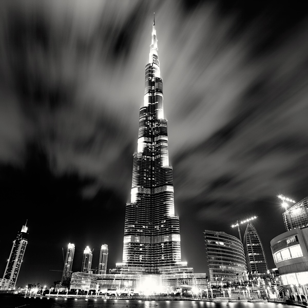 Burj Khalifa by xMEGALOPOLISx