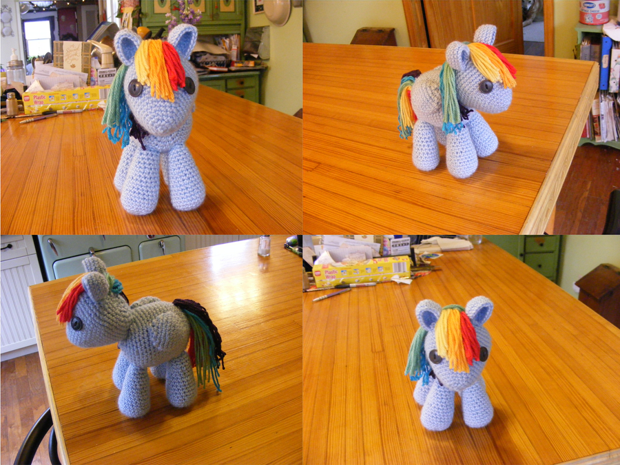 Filly Rainbow Dash by Crowchet