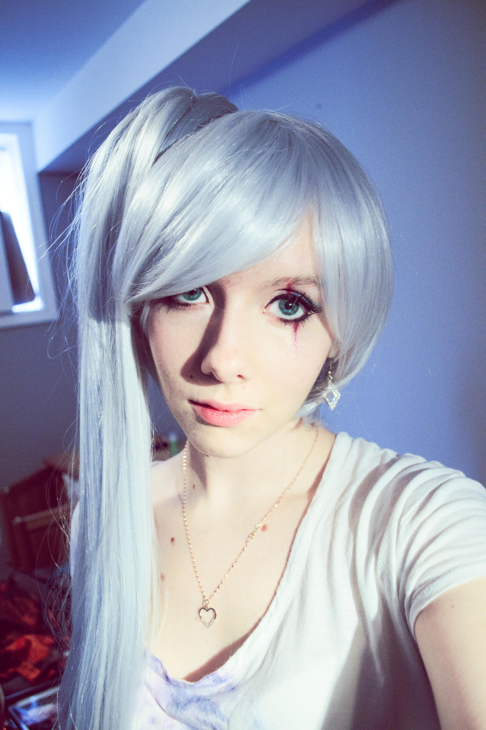 Weiss Schnee - RWBY (Wig and Makeup Test) by Smikimimi