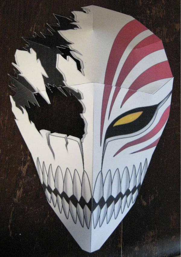 Bleach: Broken Hollow Mask by paperart