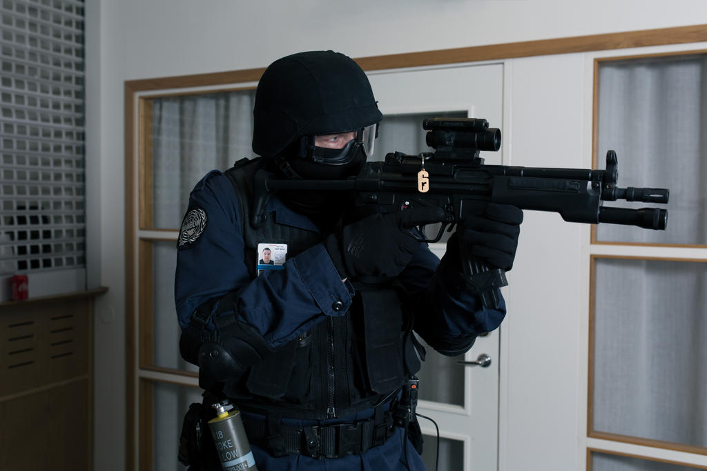 Rainbow Six 3: Raven Shield Cosplay 4 by JRL5