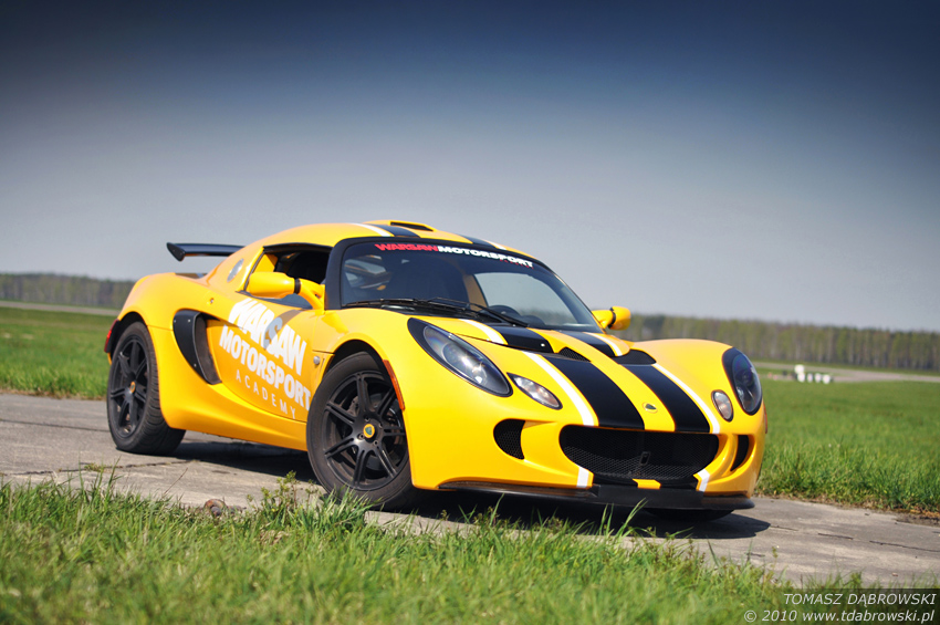 Exige - 1 by Dhante