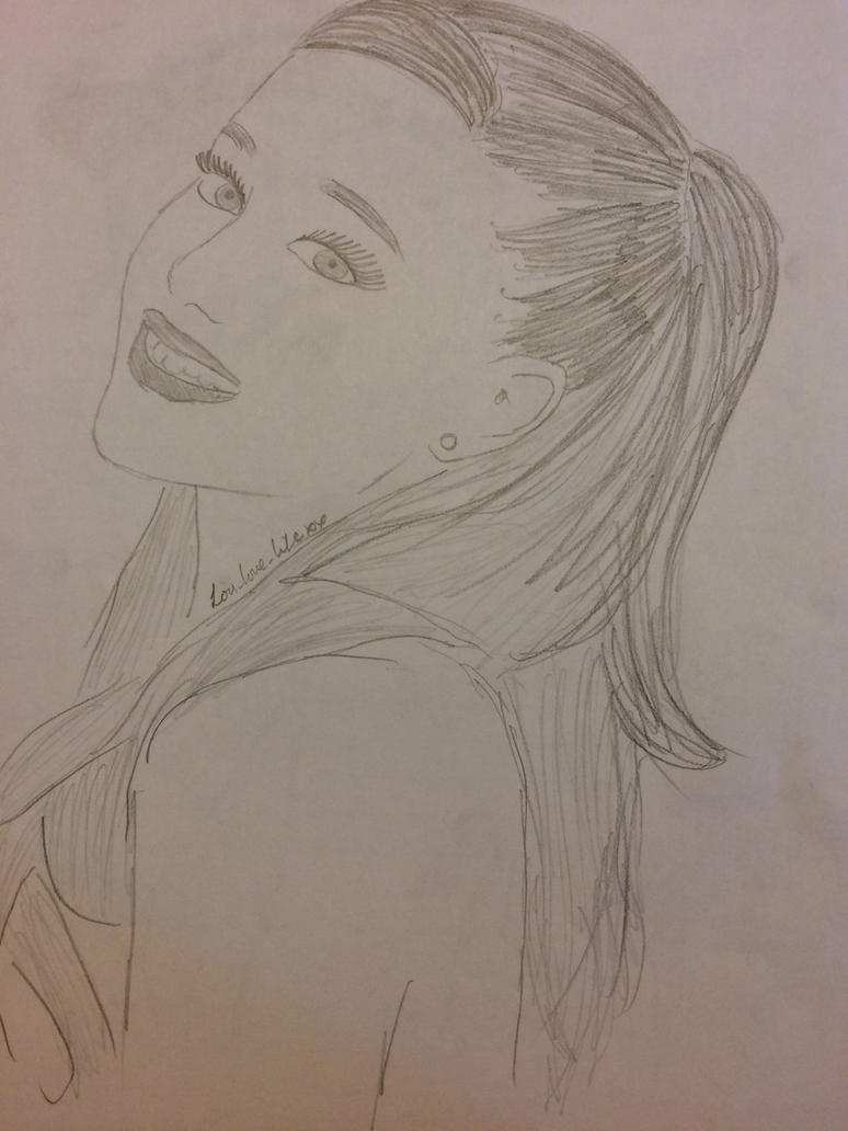 Ariana Grande by loulovelifexx