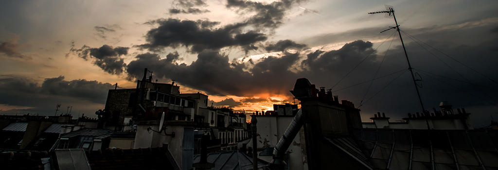 An haussmanian sunset by PasoLibre