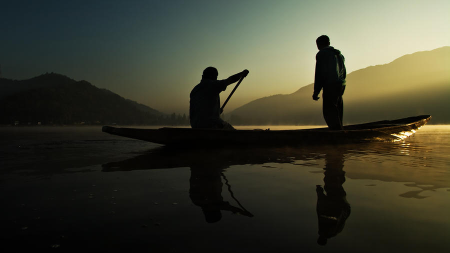 Kashmirians on Dal Lake by PasoLibre
