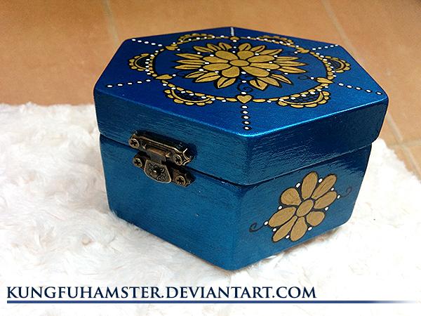 Handmade jewellery box by KungfuHamster