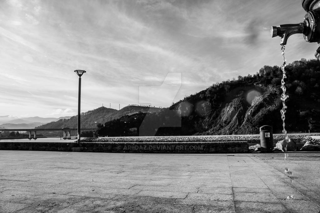 The graveyard of forgotten memories. by ariidaz