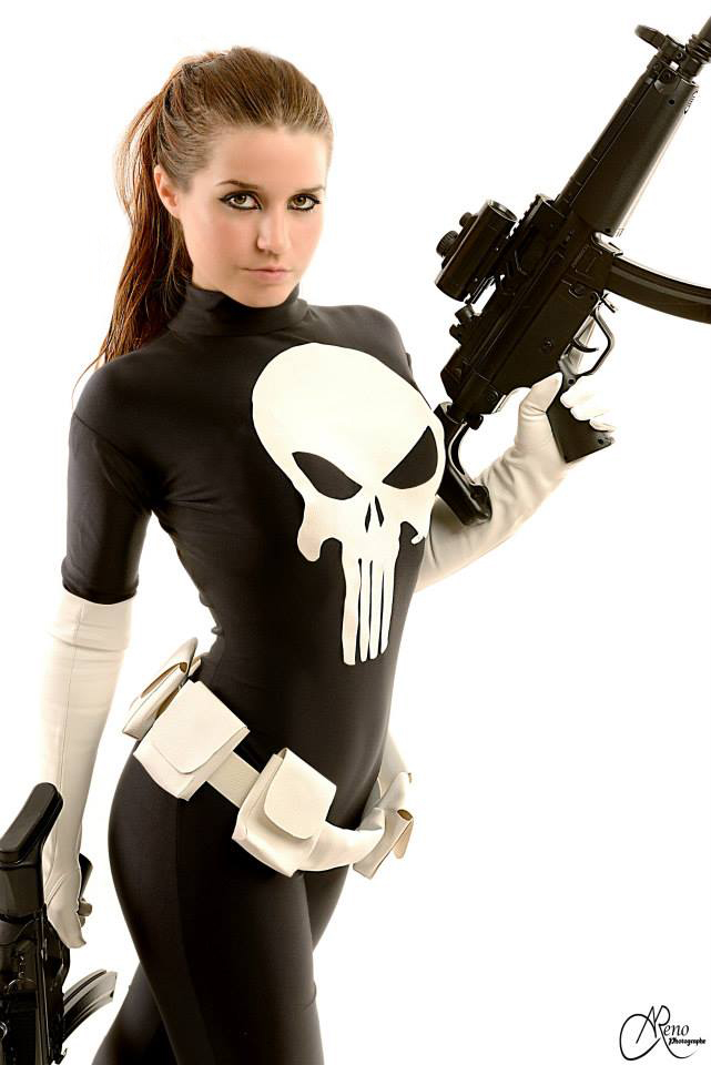 punisher_woman_cosplay____by_joulii91-d73m6vw.jpg