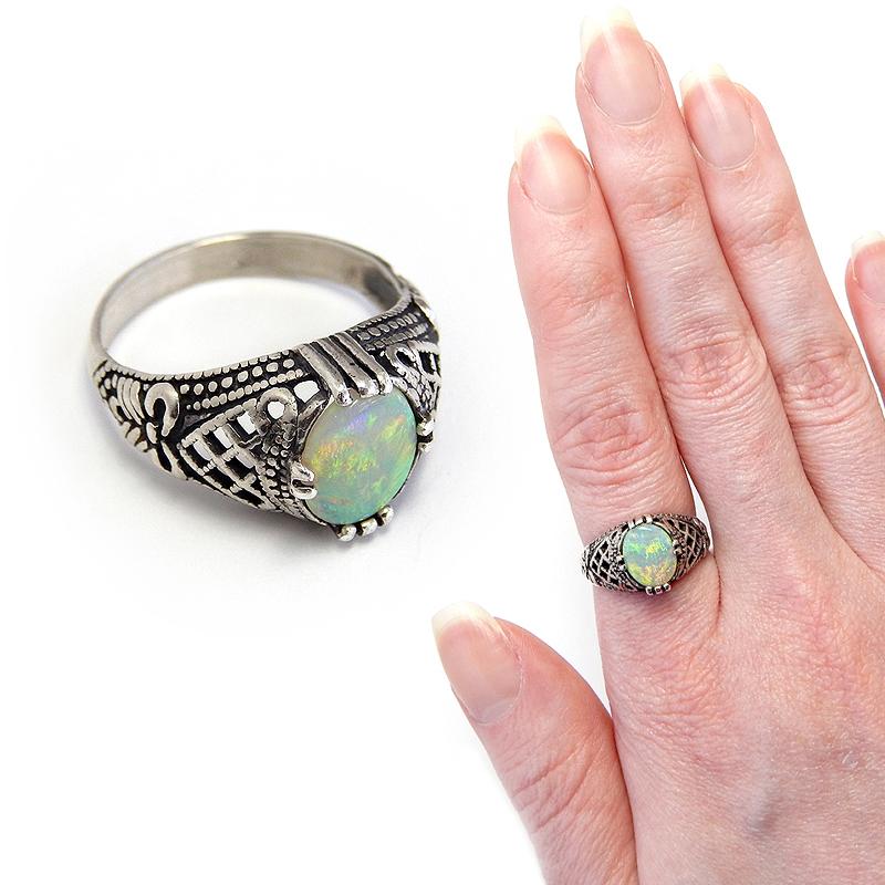 Opal Bow Ring by Gweyeni