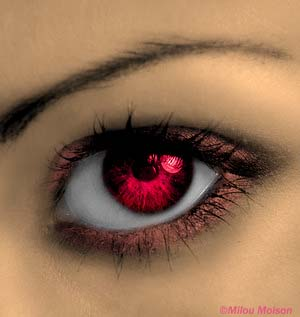 Eye by HappyHeavy