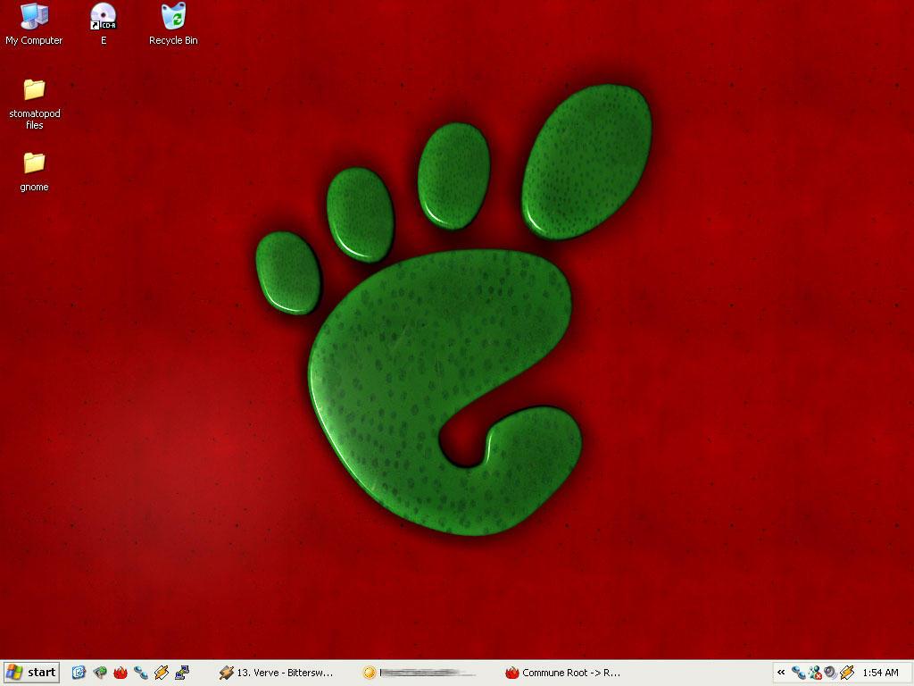 New Desktop 2004 by dpoland