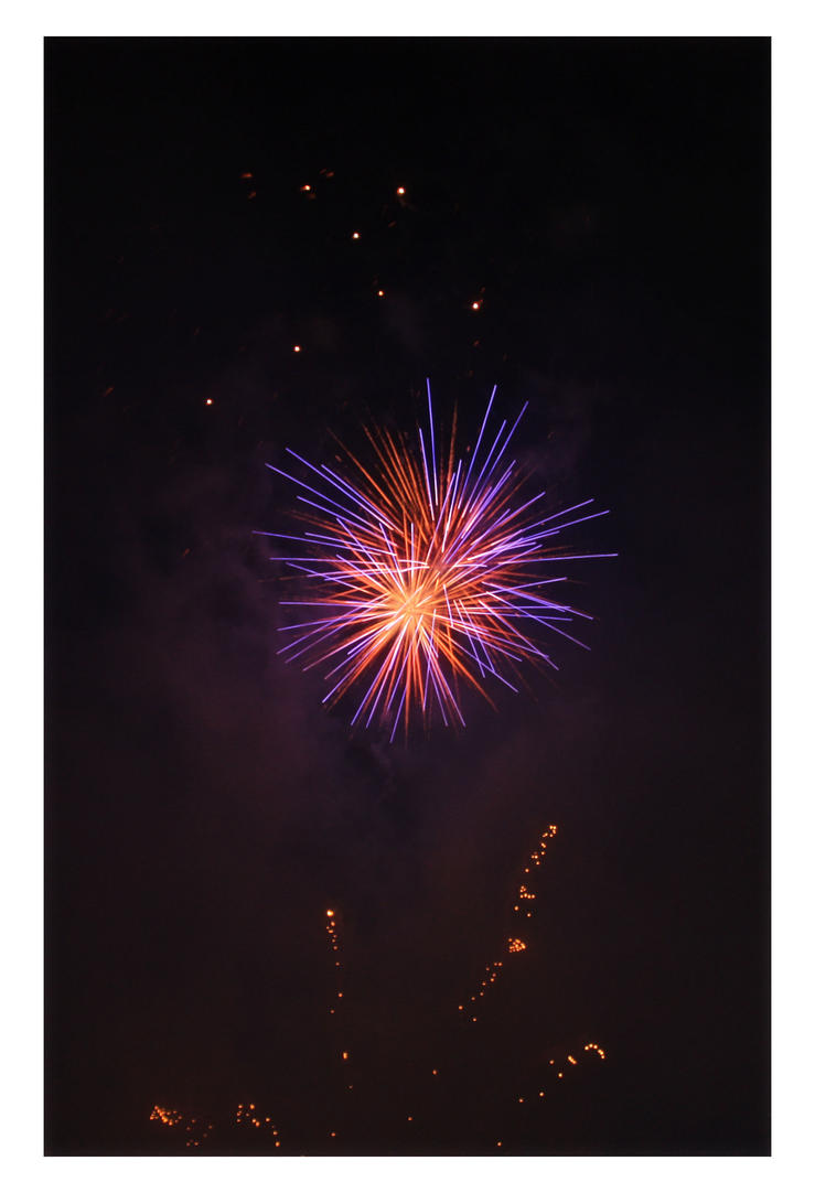 Sparks. by meL-xiNyi