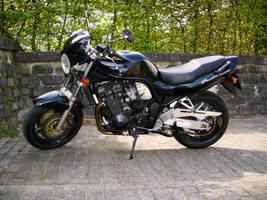 Suzuki GSF Bandit 1200 Naked Bike from 1998
