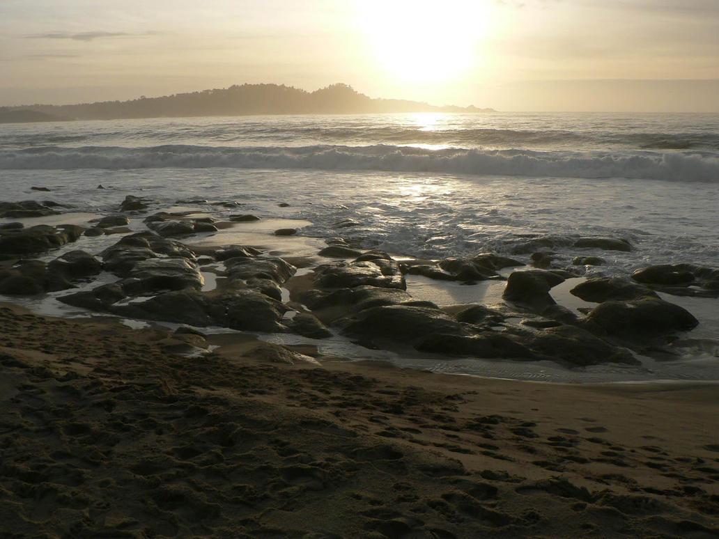 Sun and Ocean by thedropkickninja