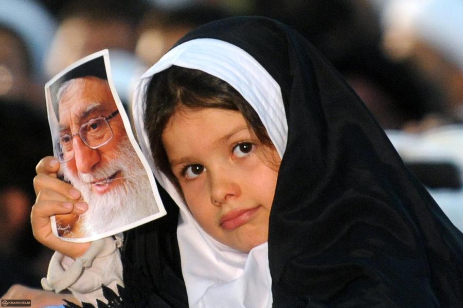 khamenei_kermanshah_27_by_khamenei_ir-d4