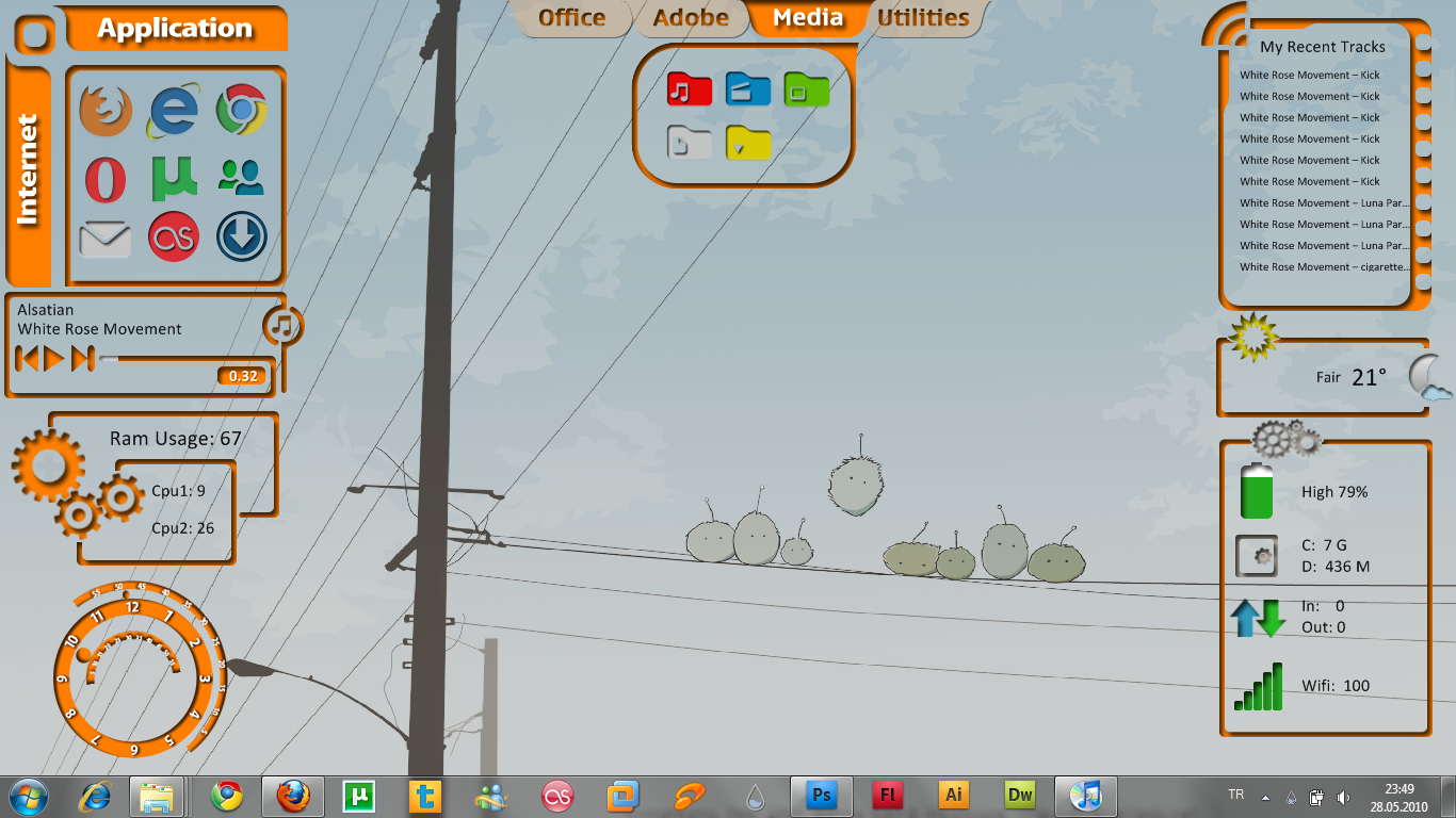 may 2010 desktop by FreakQuency85