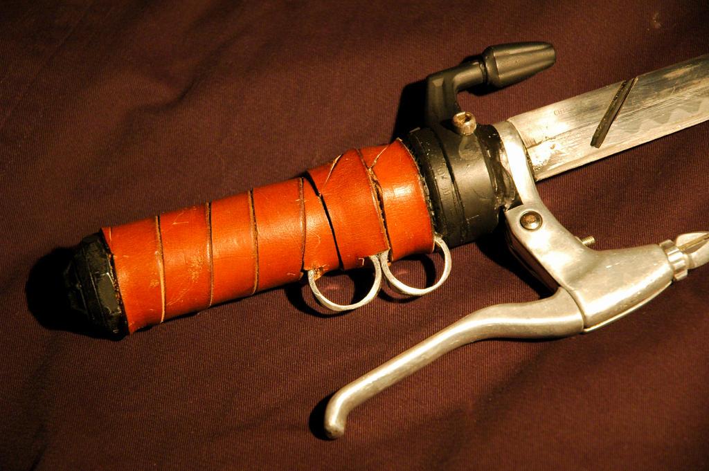 Attack on Titan Dagger Grip by ArloWalker