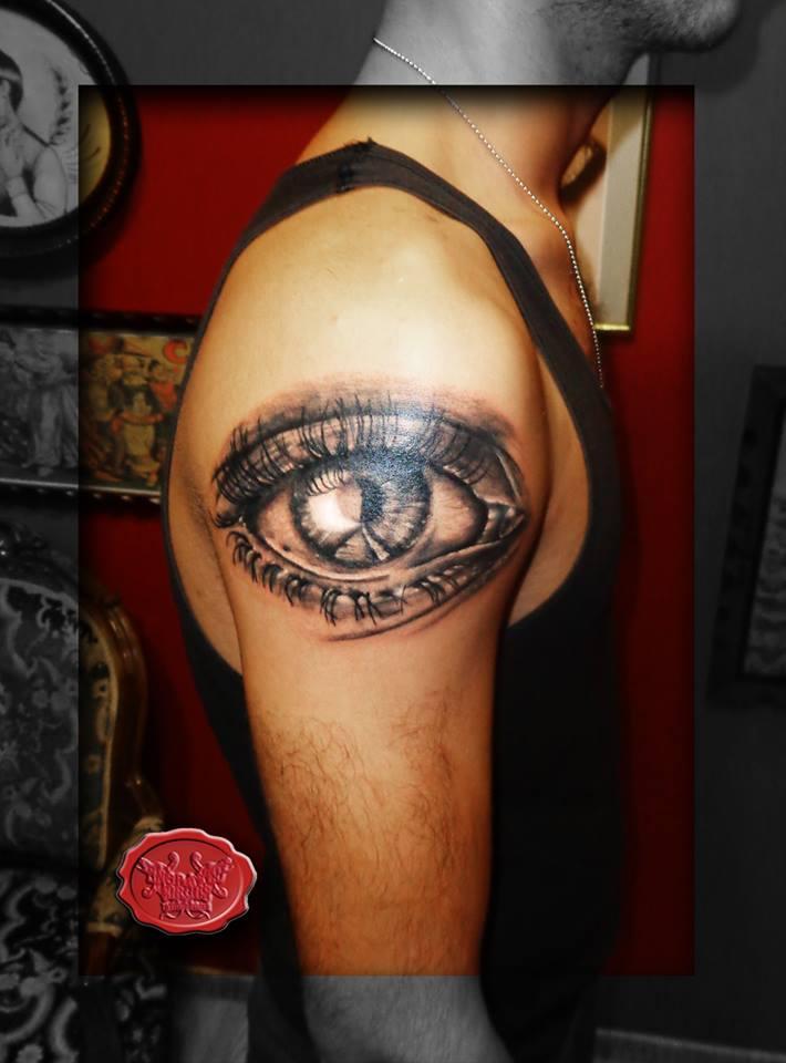 Photorealistic Eye Tattoo by loop1974