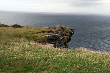 Tintagel Cliff 04 by neverFading-stock