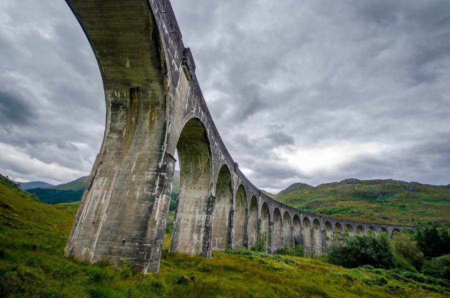 Glenfinnan Viaduct by roarbinson