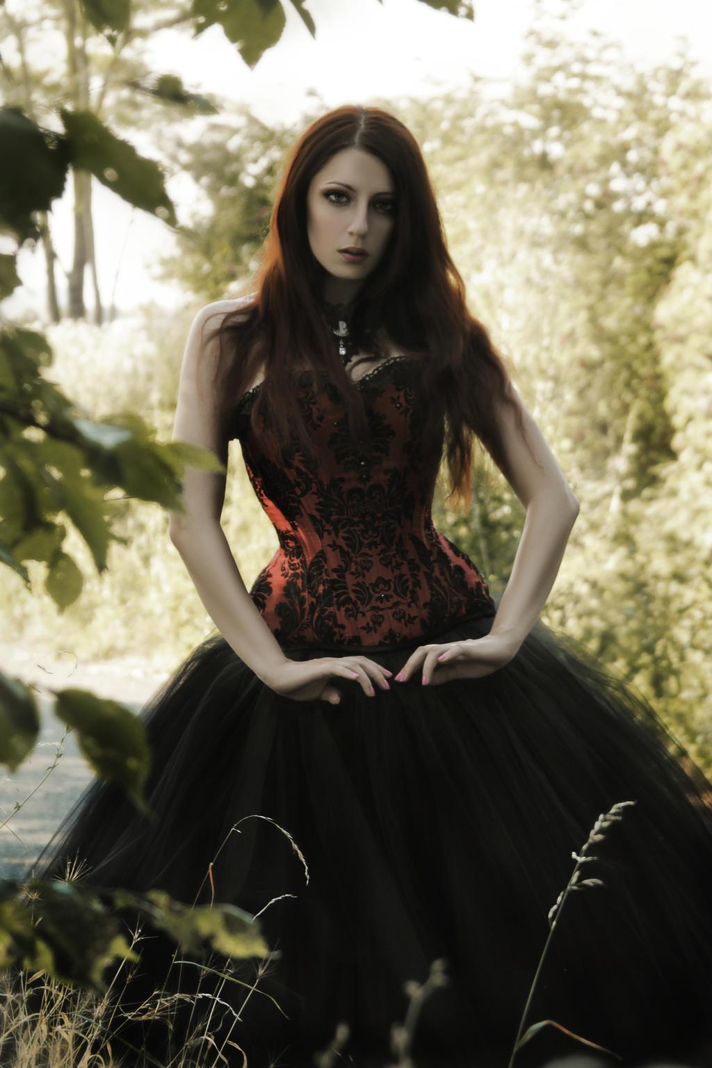 Красивые фото девушек в стиле готика