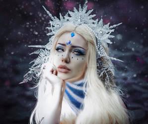Dota 2: Crystal Maiden by MariannaInsomnia