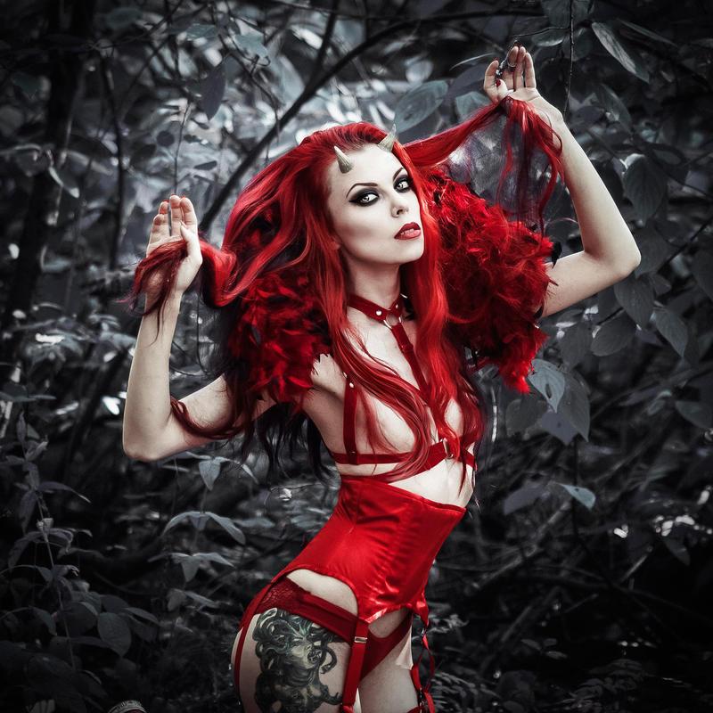 Deviless by MariannaInsomnia