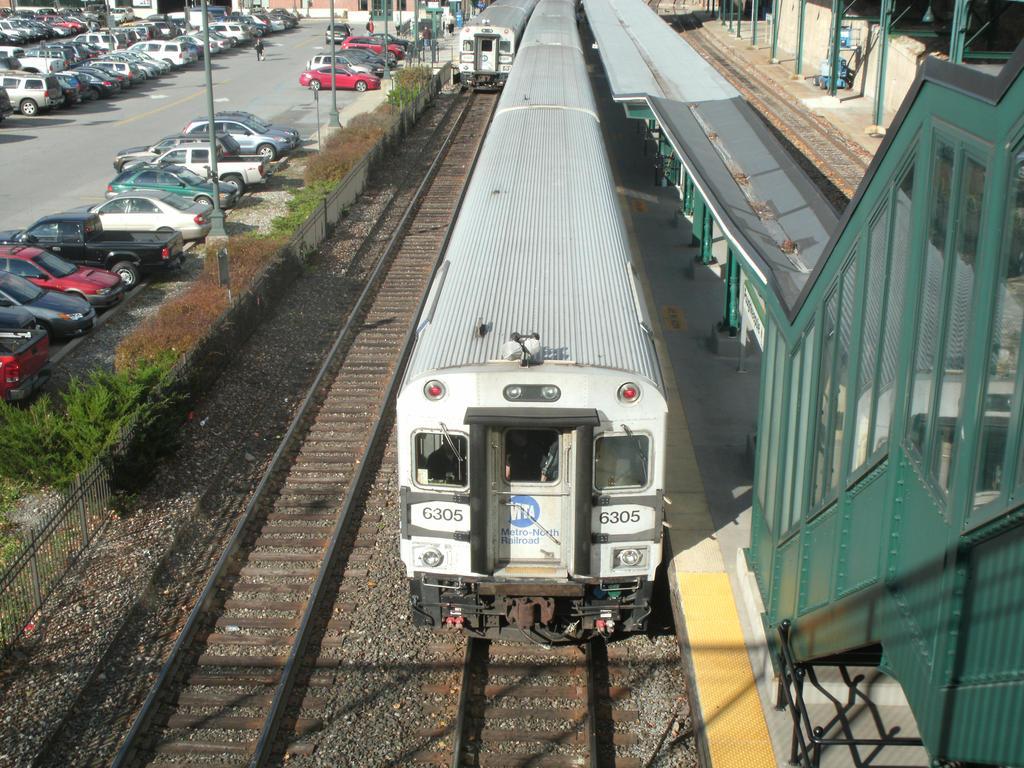 Metro North Cabcar #6305 by Tracksidegorilla1