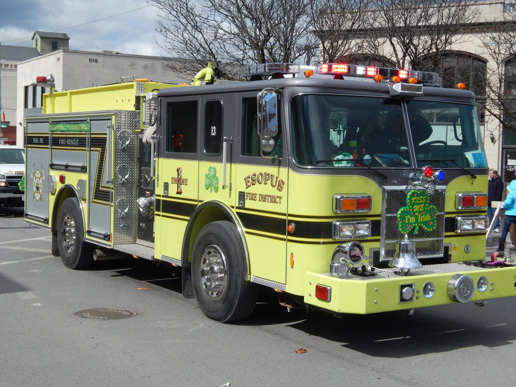 Esopus Fire Dist Pierce Engine 1 by Tracksidegorilla1