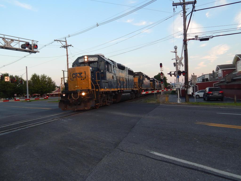 CSX GP38-2 #2795 by Tracksidegorilla1