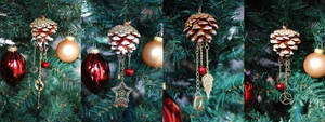 Christmas Steampunk Pine Cones
