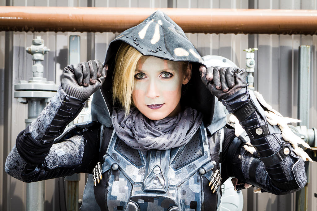 Destiny Hunter - Cloaking Up by Kudrel-Cosplay