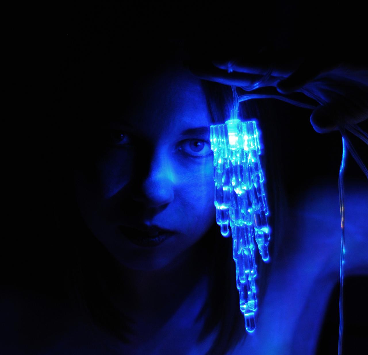 Icelight Mistress 5 by Salemburn